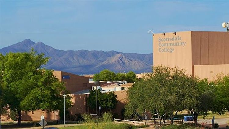 Proposal Would Allow Community Colleges to Offer Bachelor's Degrees