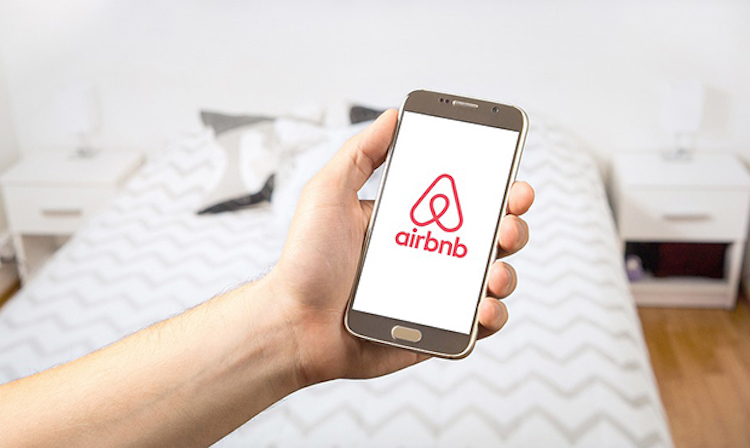 70 Arizona Homes Suspended by AirBnB for Violating COVID-19 Party Policy