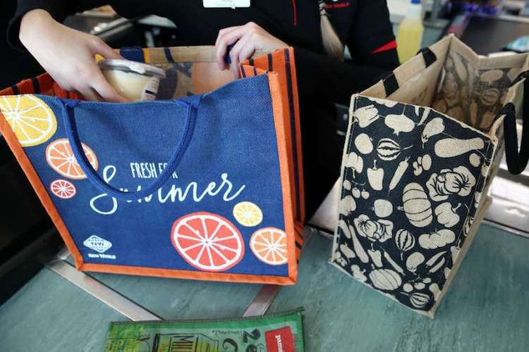 Grocery Stores Banning Reusable Shopping Bags Amid Coronavirus Pandemic