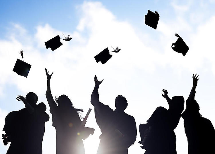 Arizona School District Makes Plans For High School Graduation