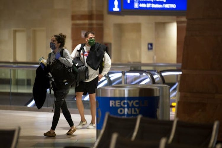 Mandatory Mask Policy To Be Implemented At Phoenix Sky Harbor Airport