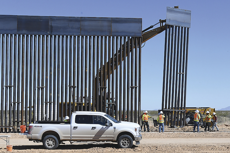 Trump To Visit Border Wall In Yuma