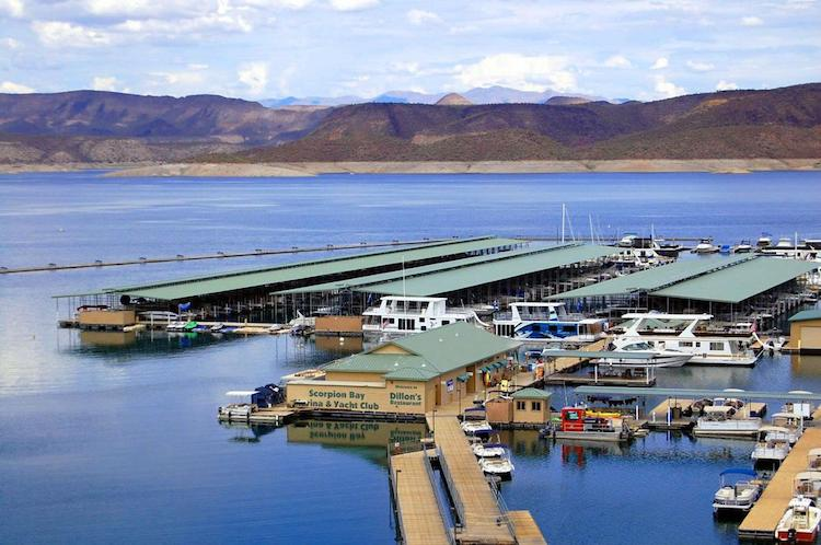 Electrocution on Arizona Lake Leaves Two Dead, Three Injured