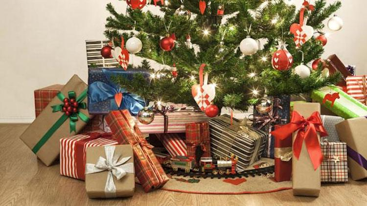 What You Need To Know Before Recycling Gift Wrapping and Gift Bags?
