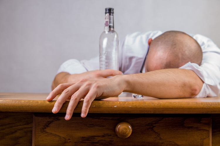 How Alcohol Consumption Impacts the Body