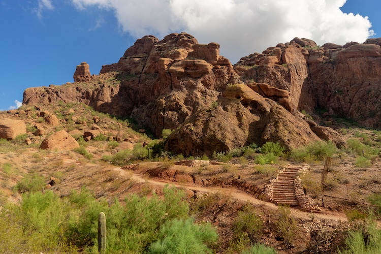 Female Hiker Found Dead on the Side of Camelback Mountain