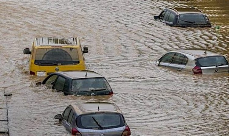 Monsoon Flooding in Gila Bend Result in 2 Deaths