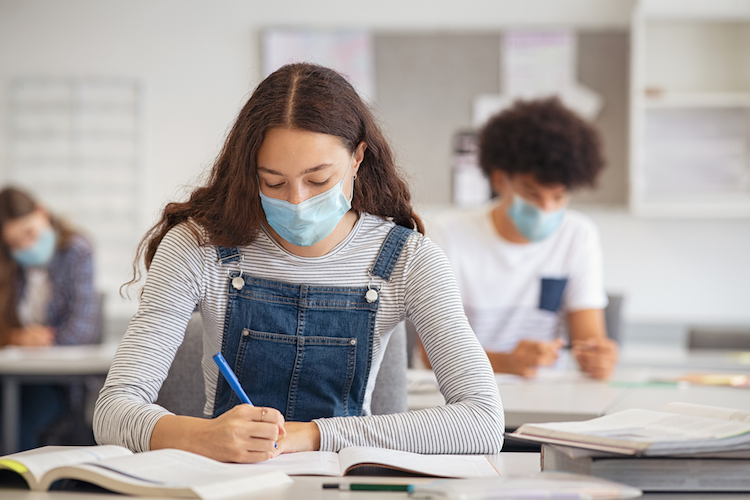 Judge Rules that Phoenix School District Can Keep Mask Mandate