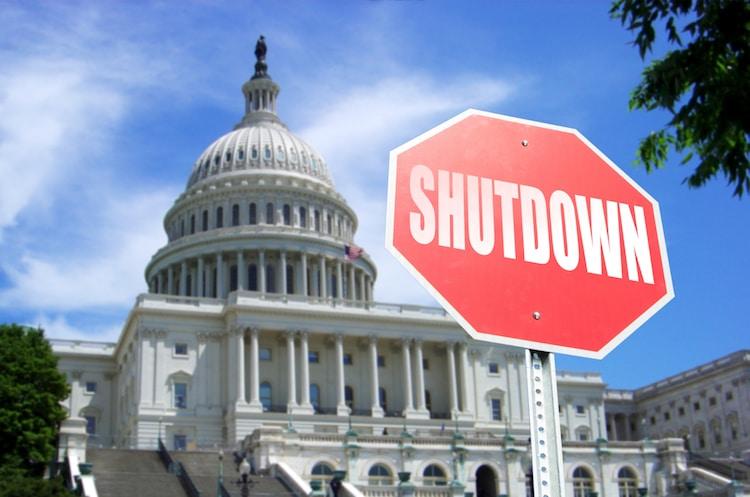 How A Government Shutdown Would Impact Arizonans
